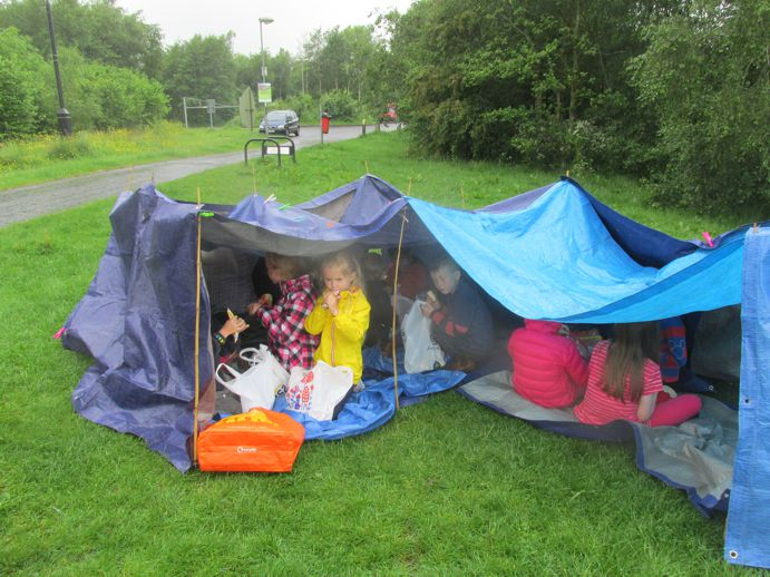 making dens in the rain